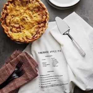 HEARTH AND HAND Magnolia Homemade Apple Pie Towel